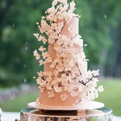 47 unique takes on the traditional white wedding cake 27