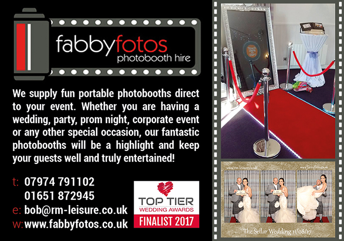 Fabby Fotos Photobooth & Magic Mirror Hire
